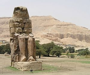 Memnon colossus at Luxor west bank
